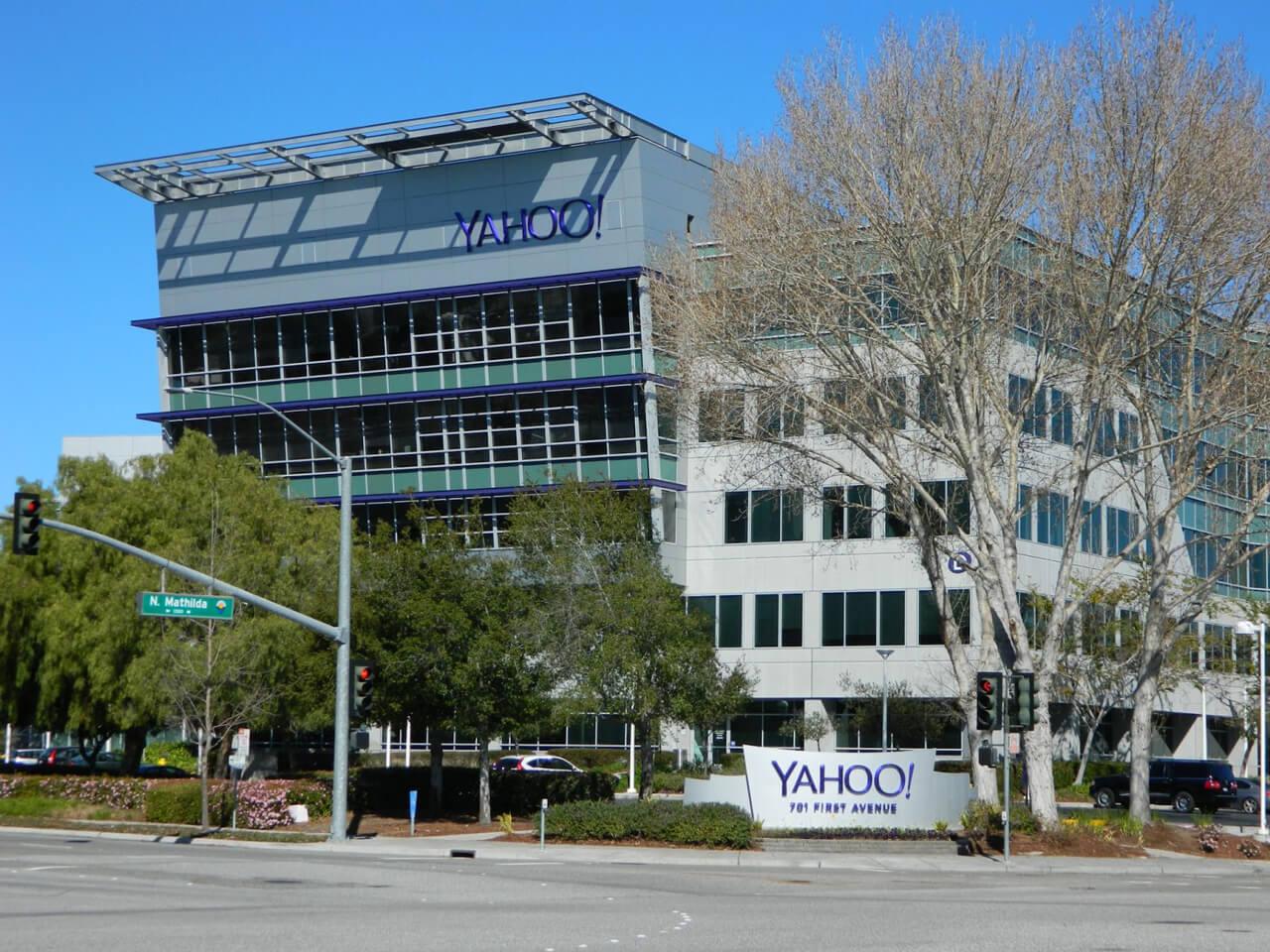 Email Yahoo