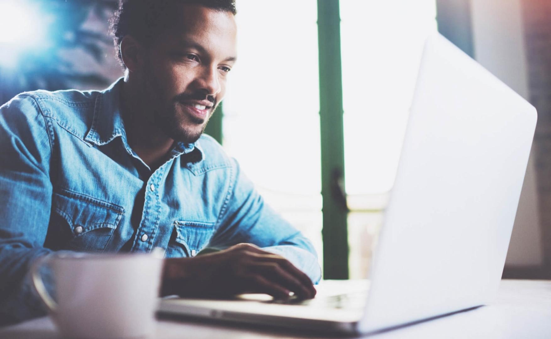Empreendedor iniciante: saiba se começar com uma Franquia Online é uma boa ideia