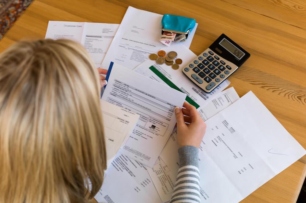 Estabilidade financeira: 5 dicas para sair do sufoco e viver bem