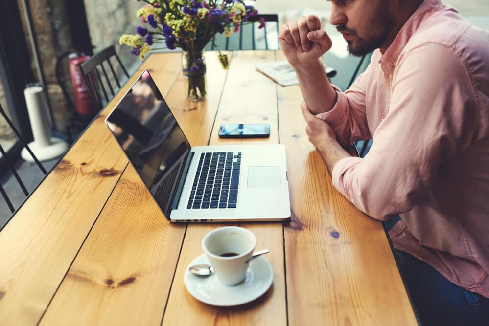 Guia completo: entenda como montar um e-commerce de sucesso