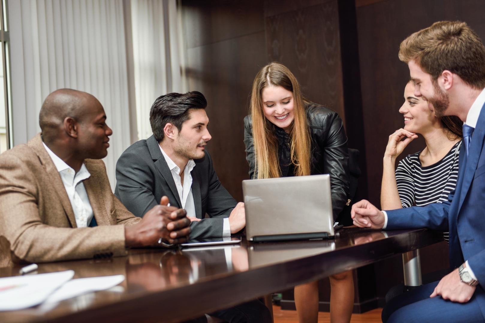 Orientações práticas para pequenos negócios deslancharem na internet (1)
